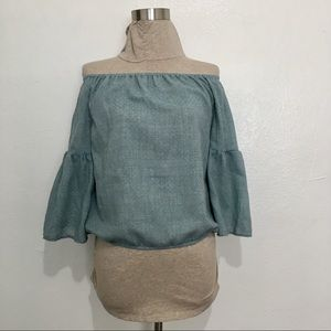 3/$25 NWOT Roly Poly Blouse off-shoulder Top Small